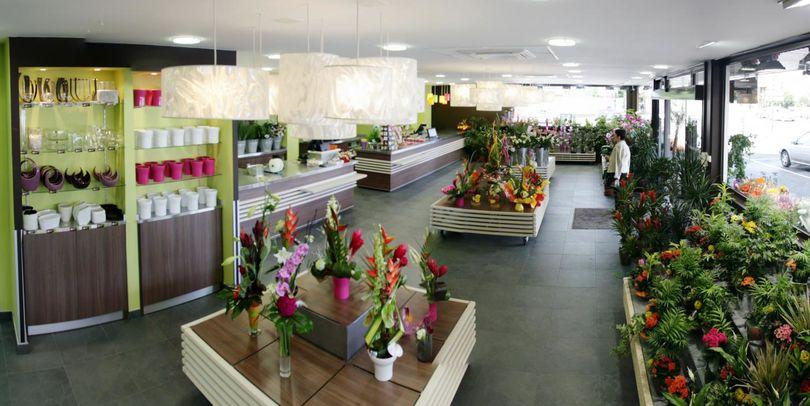 f lix et associ s projet carr ment fleurs espace. Black Bedroom Furniture Sets. Home Design Ideas